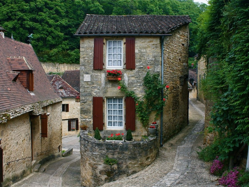 Charming, Self Catering Holiday Cottage in Beynac, France - La Petite Maison