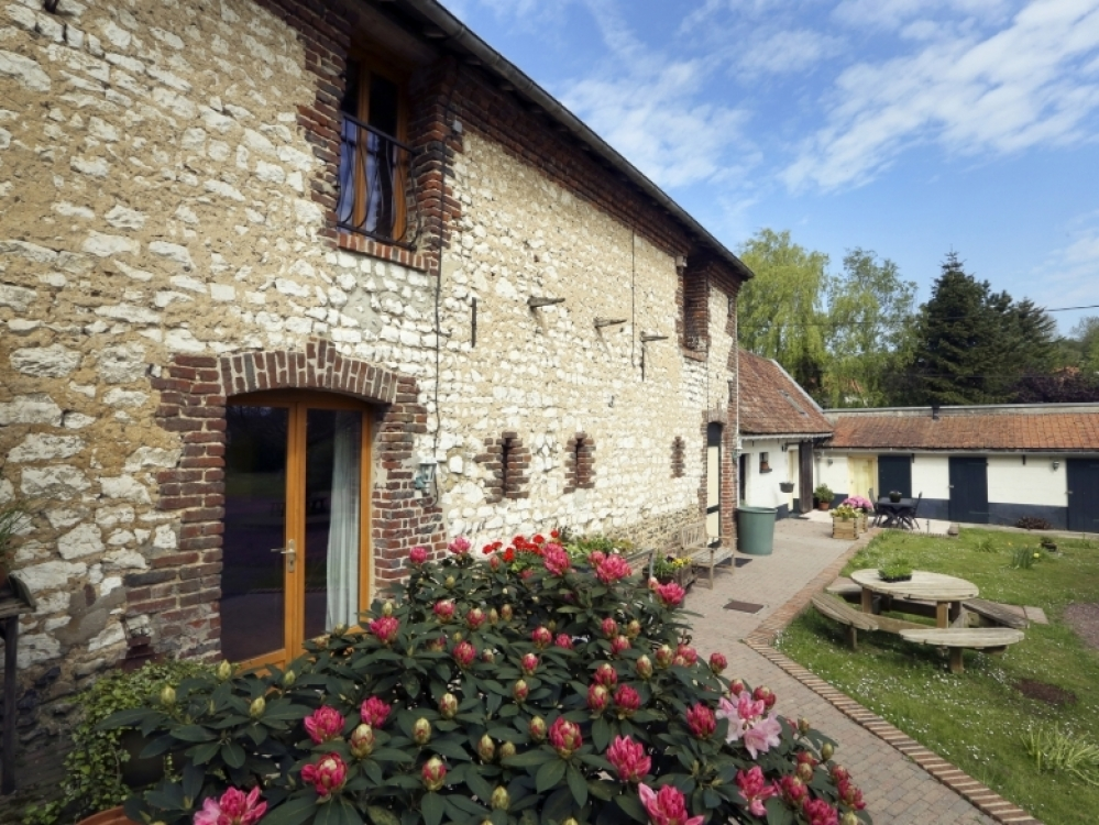 St Denoeux, Pas-de-Calais, France - Converted Historic Barn Holiday Rental Festina Lente, 4 bedroom. Private garden.
