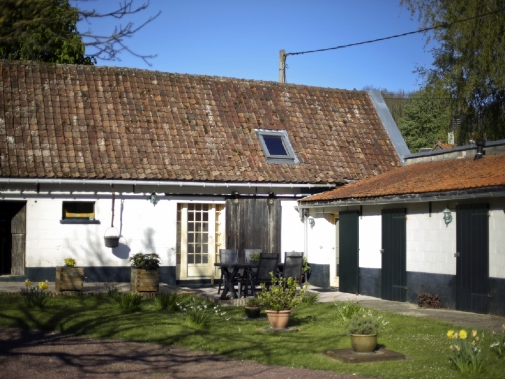 St Denoeux, Pas-de-Calais, France, Converted Historic Barn Holiday Rental Festina Lente, 2 Bedroom