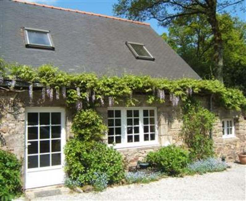 Beautiful 2 Bedroom Country Cottage with Heated Pool, Ty Hortensia, Morbihan, Brittany, France, Sleeps 4