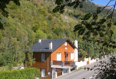 Self Catered Bareges Ski Chalet Rental in Hautes-Pyrenees, France