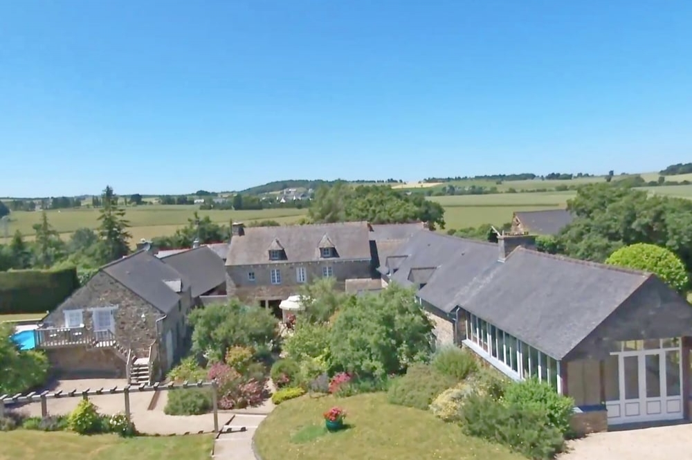 Fantastic Manor House in Brittany, Cotes d'Armor, France - Heated Pool & Free WiFi