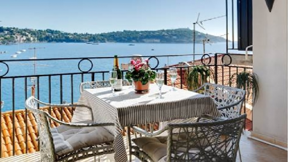 Self Catering Apartment in Villefranche sure Mer, Near Nice - Artistes Tresor
