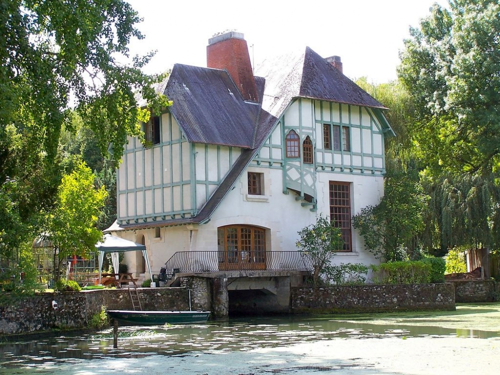 Apartments in 25 Acres of private Grounds Of A Watermill, Indre-et-Loire, France - Ground Floor (1 Bedroom)