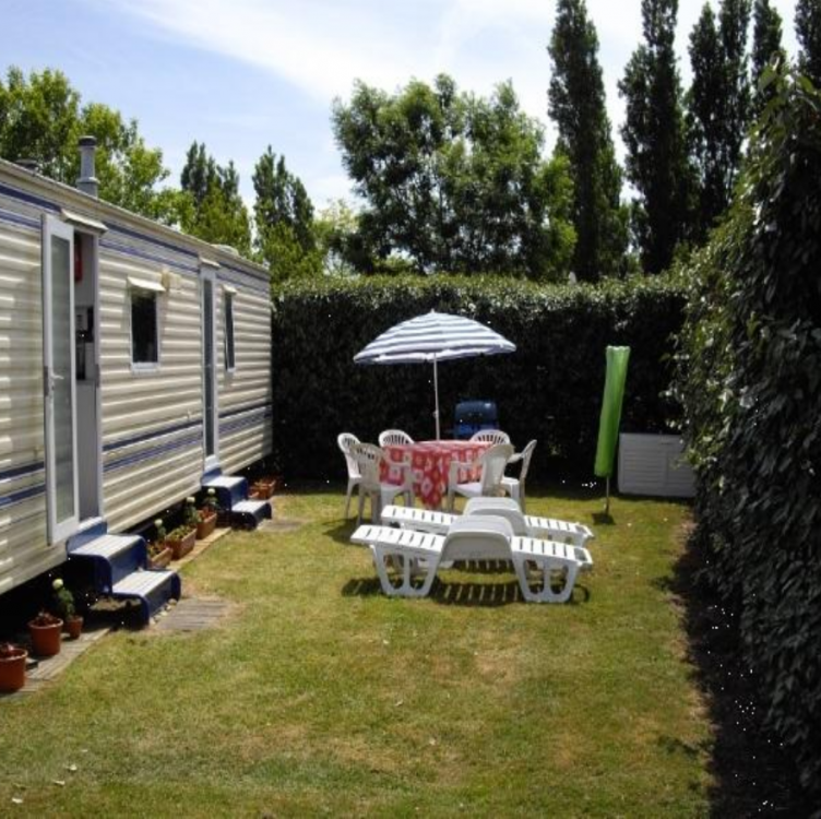 2 Bedroom Mobile Home to Rent, Saint-Jean-de-Monts, Vendee, Loire Valley