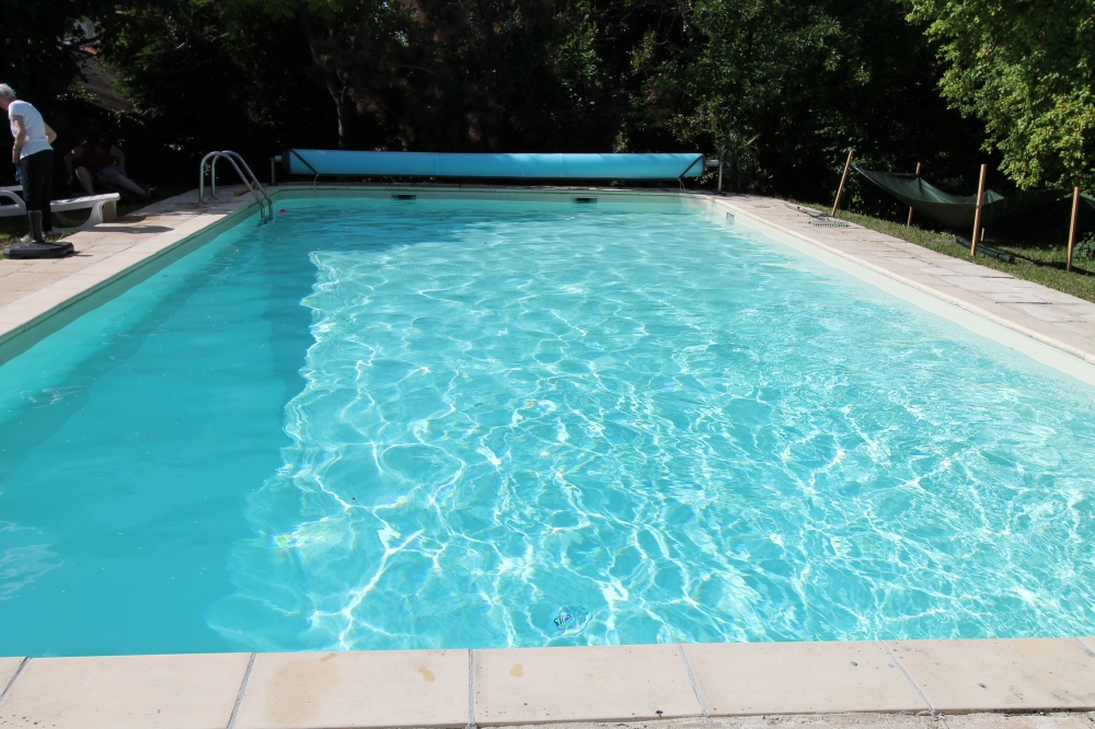 Dordogne Holiday Cottage with Pool Set between Verteilllac and Bertric-Buree - La Taniere