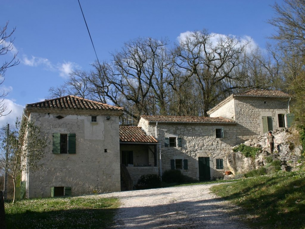 Restored Midi Pyrenees Farmhouse with Private Pool and Wonderful Views
