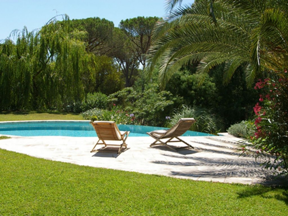 Beautiful Holiday Villa Rental in the heart of the Esterel Golf, Var, France