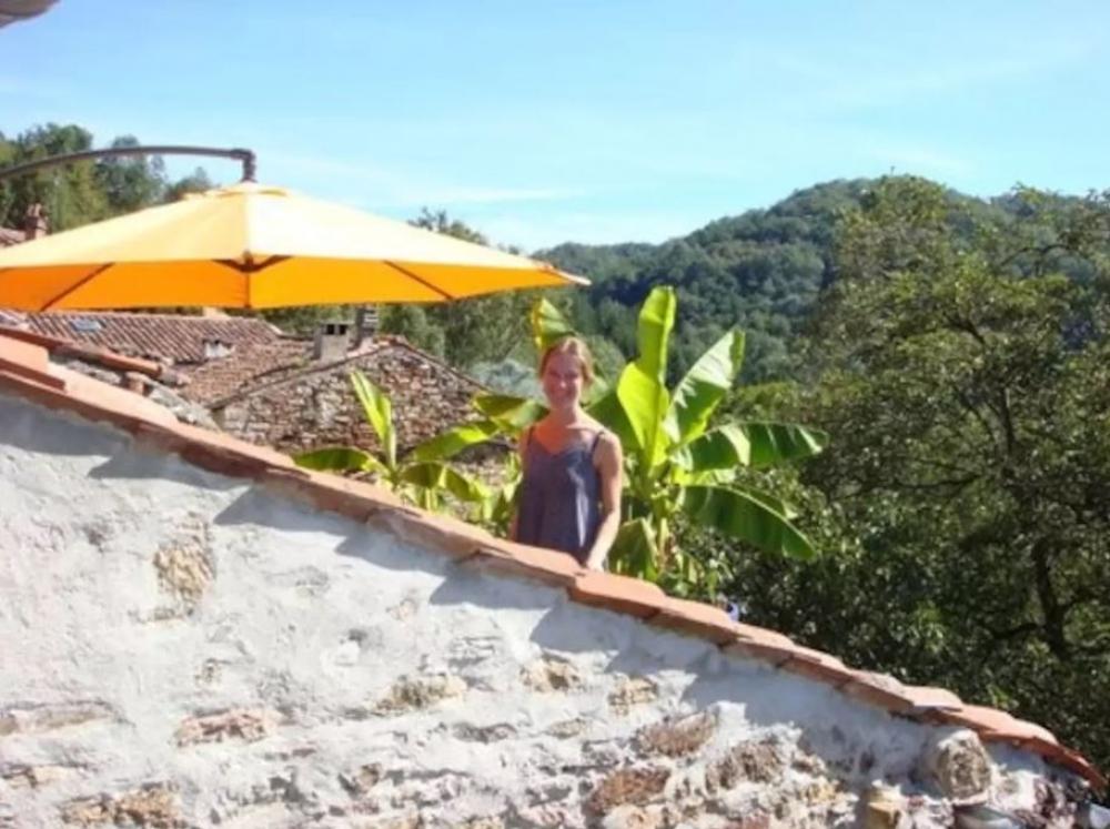 Rural Getaway in Castelnau-Durban, Midi-Pyrenees, France - Stunning Views