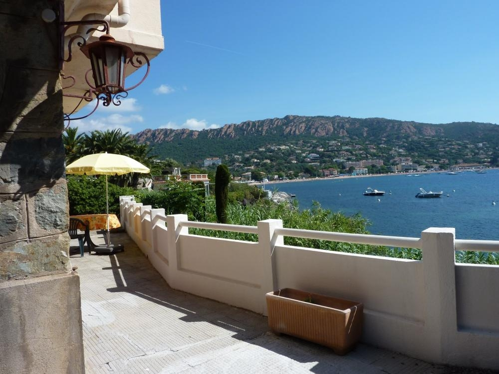 3 Holiday Apartments set in a Beautiful Villa, The Bay of Agay, Near Saint Raphael, Provence