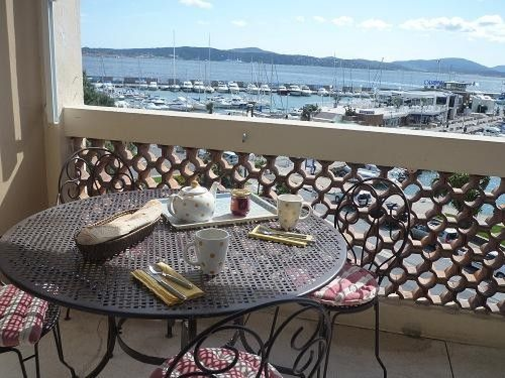 Holiday Apartment to rent in Sainte Maxime, Near Port, View to Saint Tropez, France
