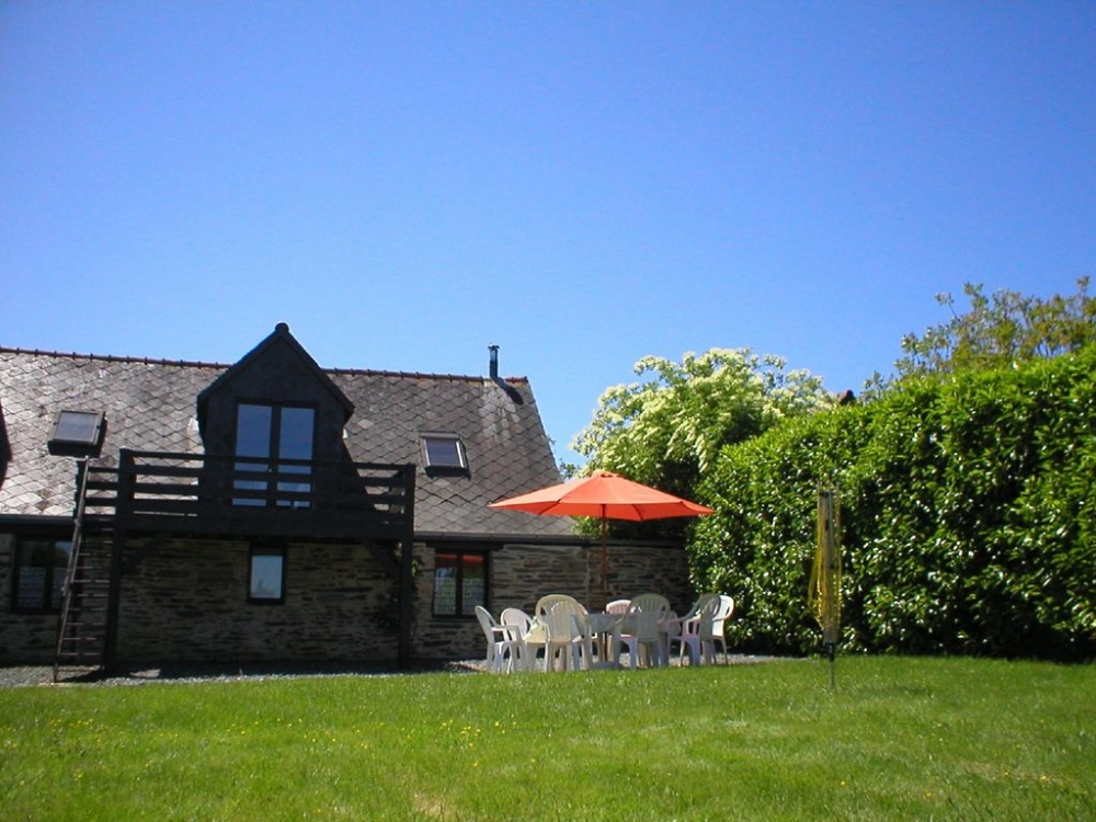 Self Catering Brittany Holiday Cottages in Masserac, Loire Atlantique, France - Woodland View Barn