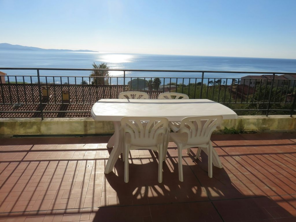 2 bedroom apartment in Quiet Residence, Gulf of Ajaccio, Beautiful Panoramic Views