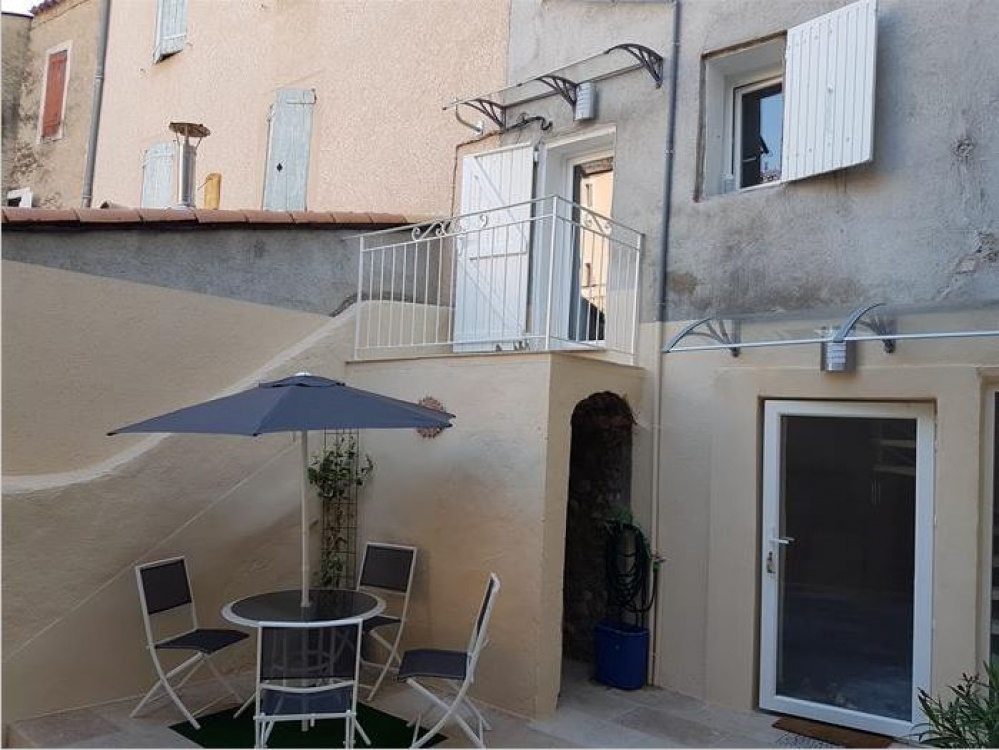Renovated Ground floor Apartment Set in a Stone House, Manosque, Alpes-de-Haute-Provence