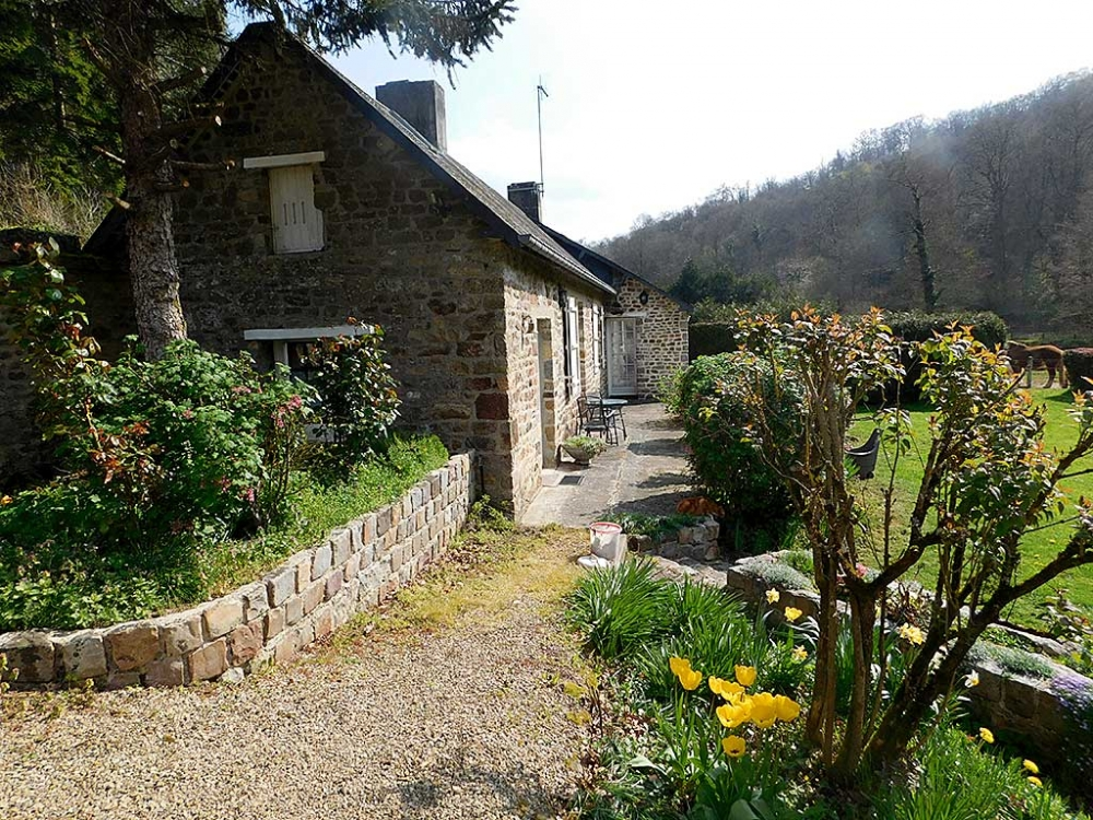 Charming Holiday Gites Near Campeaux in Calvados, Normandy, France - Gite du Parc