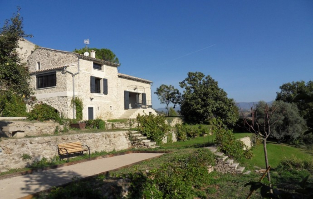 Beautifully Refurbished Gite in the Heart of Provence