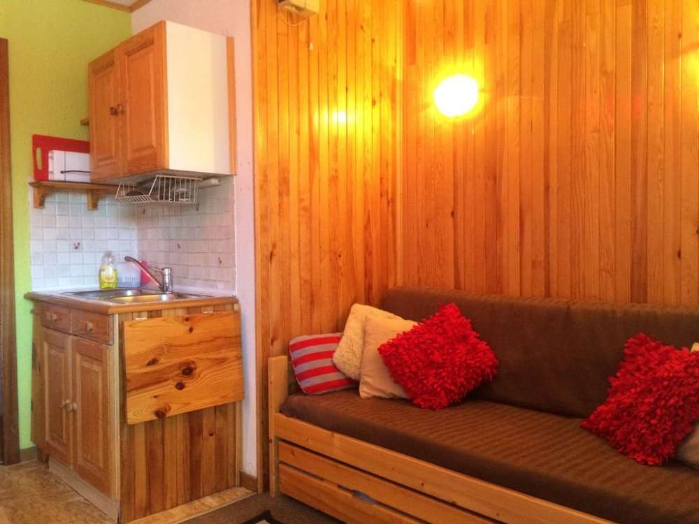 Perfectly Situated 1 Bedroom Ski Apartment With Panoramic Views Of The Alps, Val Thorens