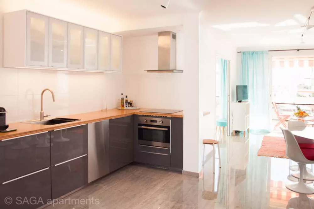 3 Bedroom Modern Self-Catering Apartment In Cannes