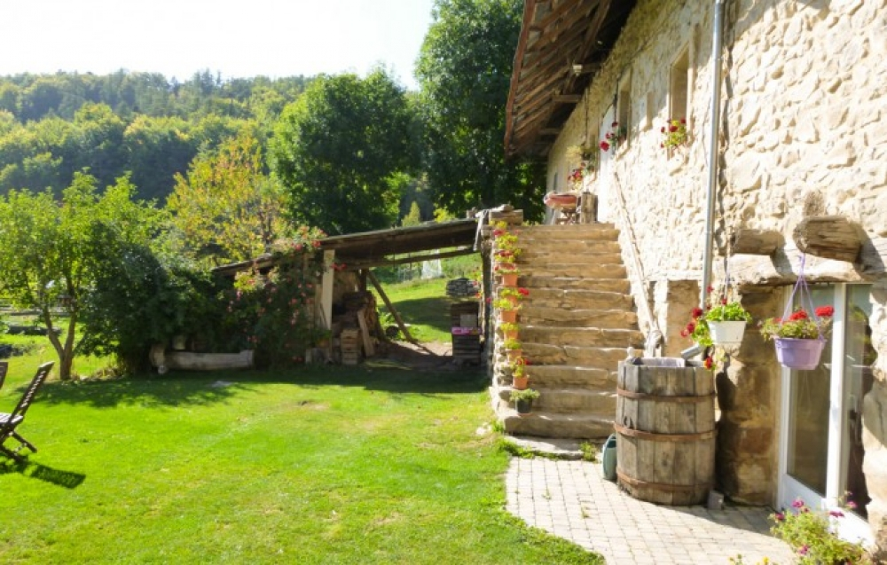 18th Century Farmhouse Near La Breole, Provence