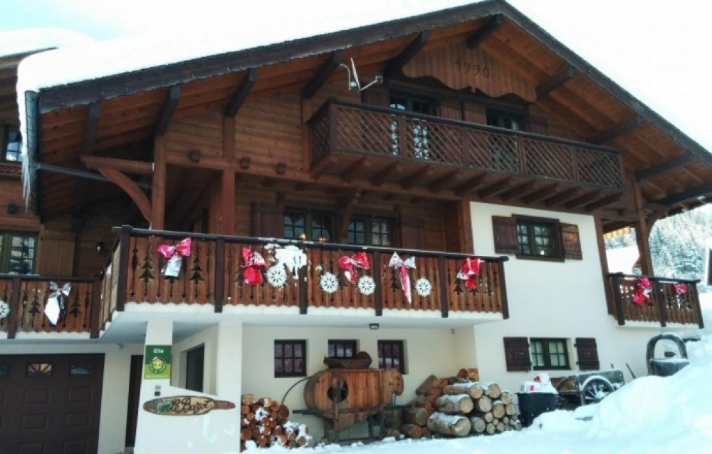 Beautifully Spacious and Bright Ski Chalet Between Chapel of Abondance and Chatel - Gite Le Bazot