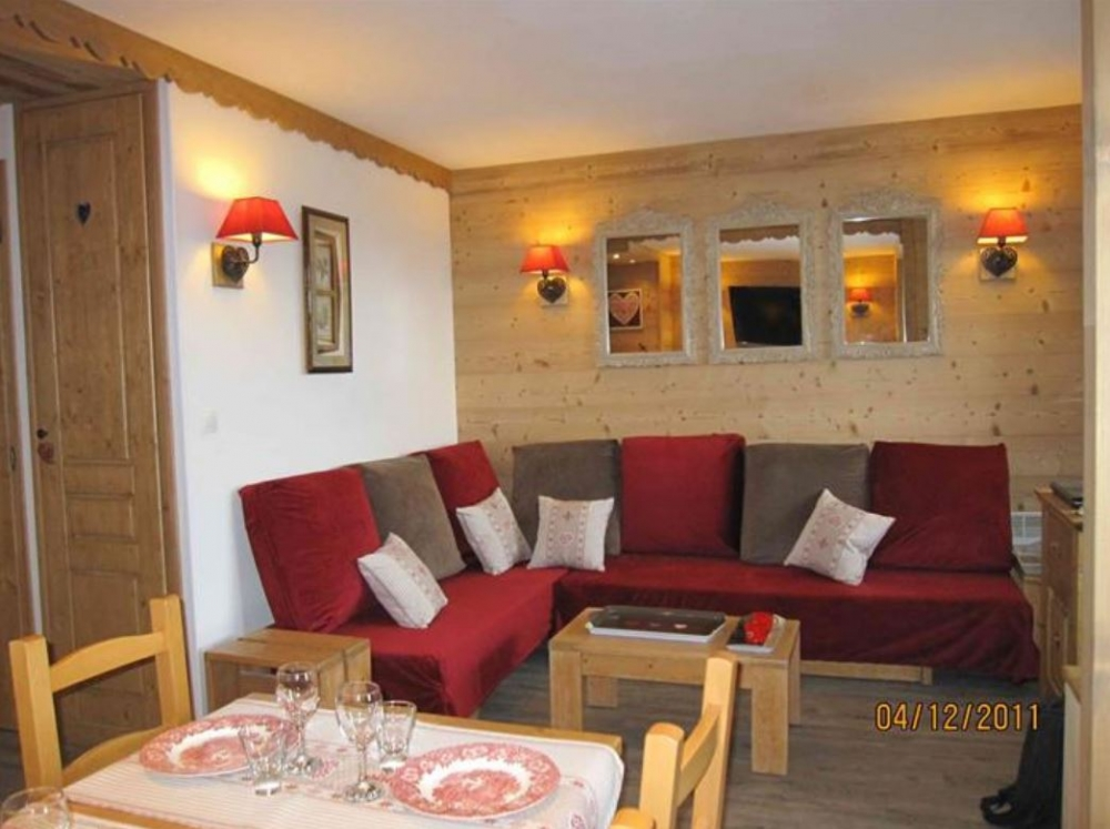 Modern and Spacious Ground Floor Apartment in Ski Chalet - Valmorel La Belle, Savoie