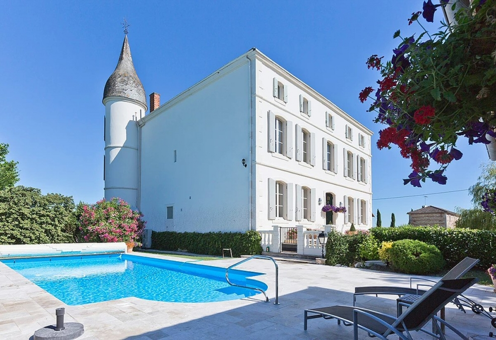 Immaculate Chateau - A Spectacular Holiday Home in the Heart of South-West France