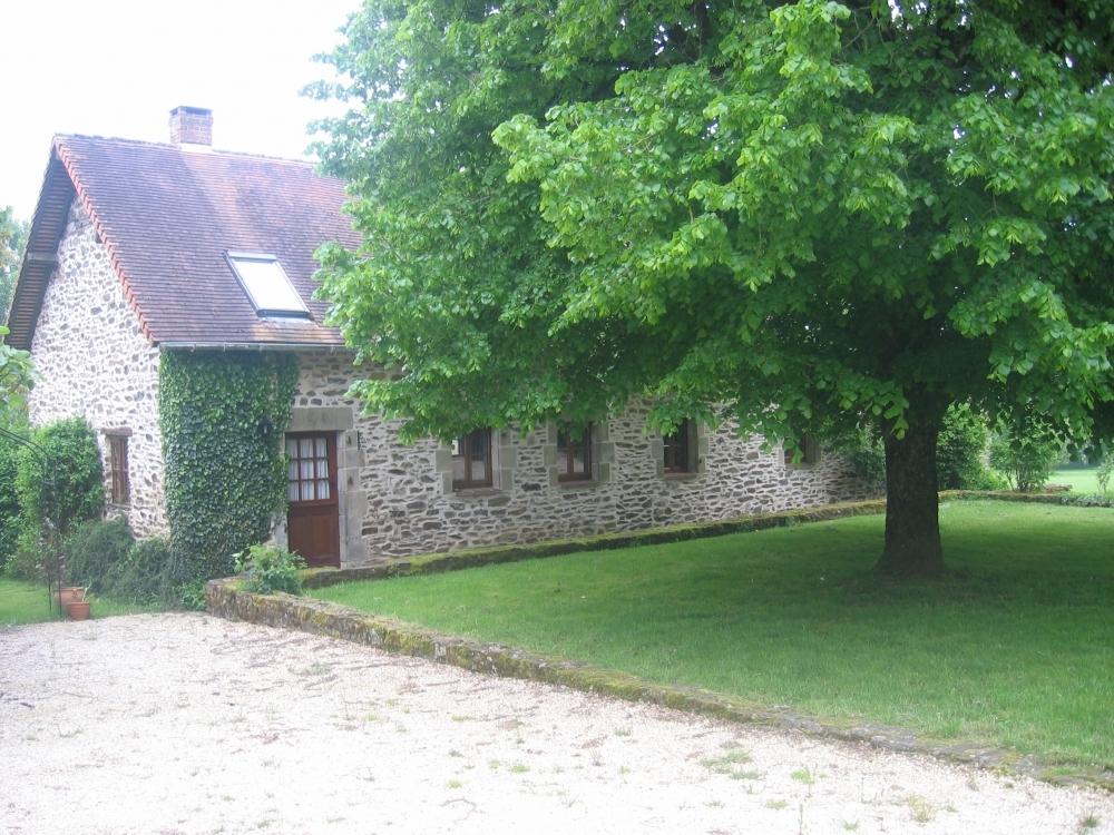 Limousin Holiday gîte near St Yrieix-la-Perche - The Breadoven Gîte