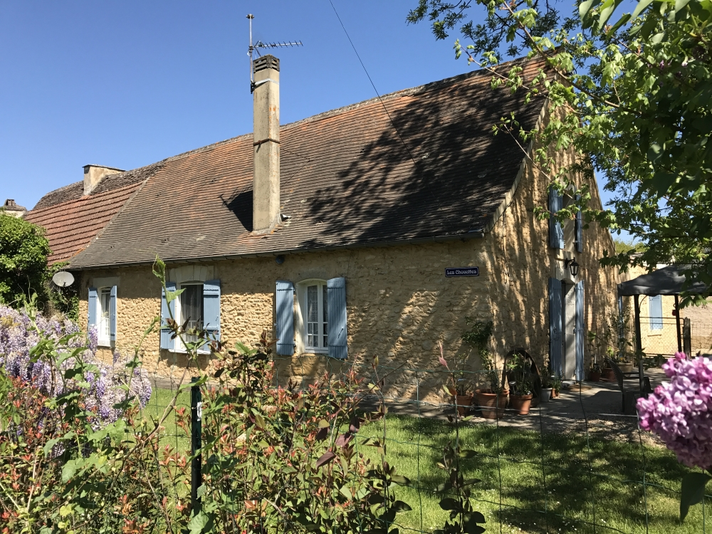 Les Chouettes Self-Catering Cottage and Barn in Tremolat, Dordogne
