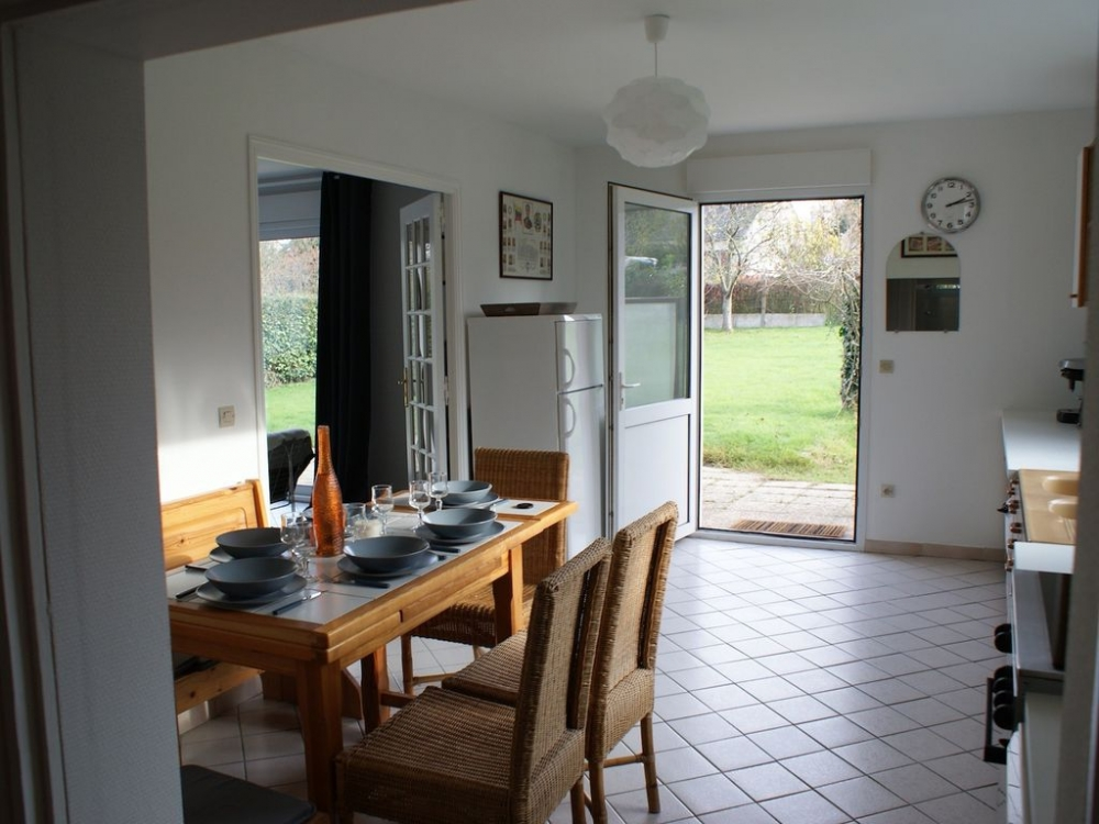 Small Dinard Holiday House and Large Private Garden, Close to the Sea