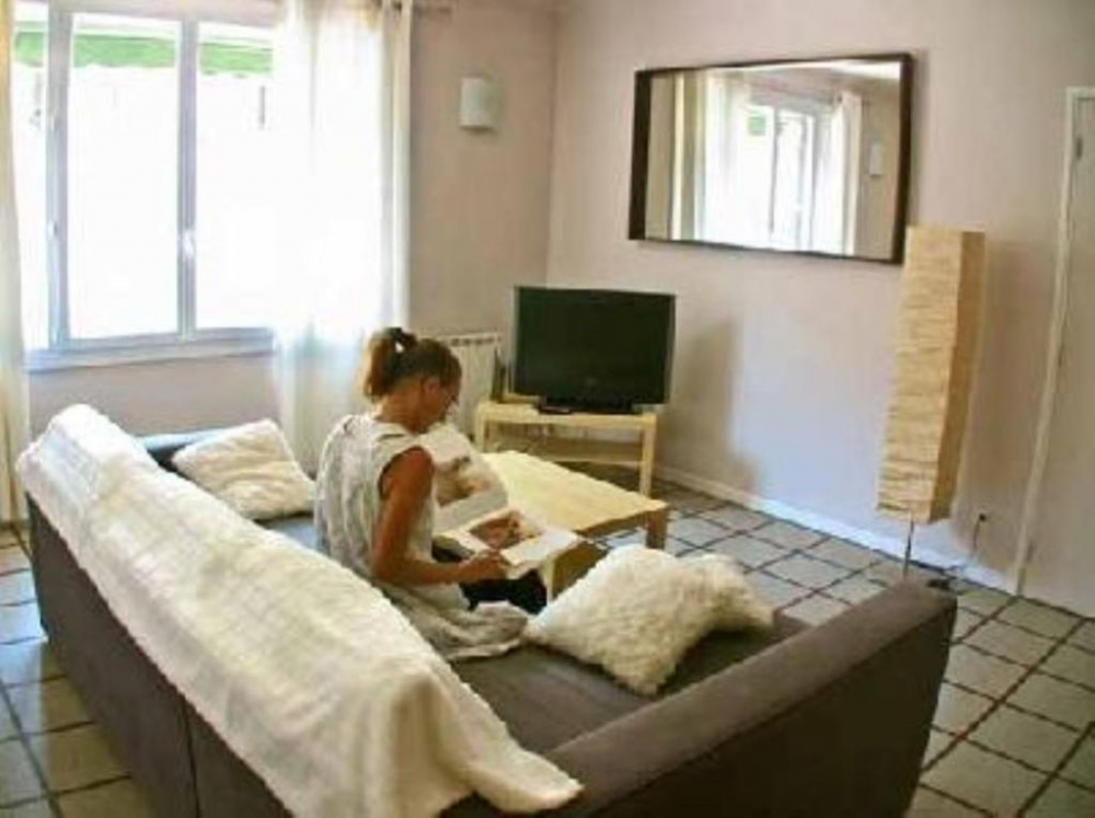 Escale Marseillaise - Large and peaceful Apartment near the Old Port of Marseille, France
