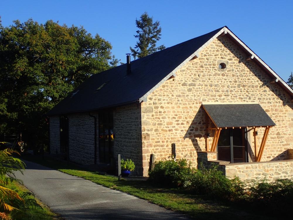 Luxury Converted Barn in Saint-Hilaire-les-Courbes, Near Treignac, Corrèze