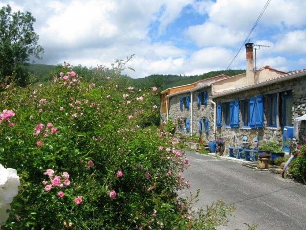 3 Bedroom Charming Stone Built House with Private Garden in Cubieres, Aude