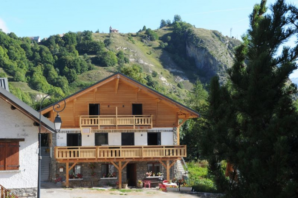 Modern and Spacious Apartment in Chalet, Le Serroz, close to Valloire, Rhone Alps