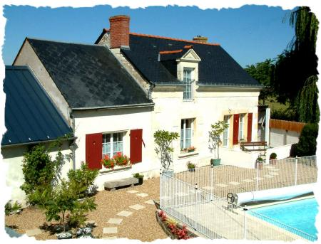 La Grange Luxury Gite 3 bedrooms all en suite, heated pool, Maine-et-Loire, France
