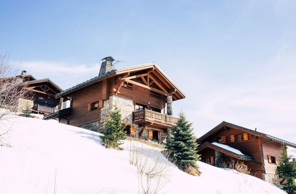 Luxurious Les Menuires Holiday Chalet Rental - Set on the Ski Slopes, Great Views