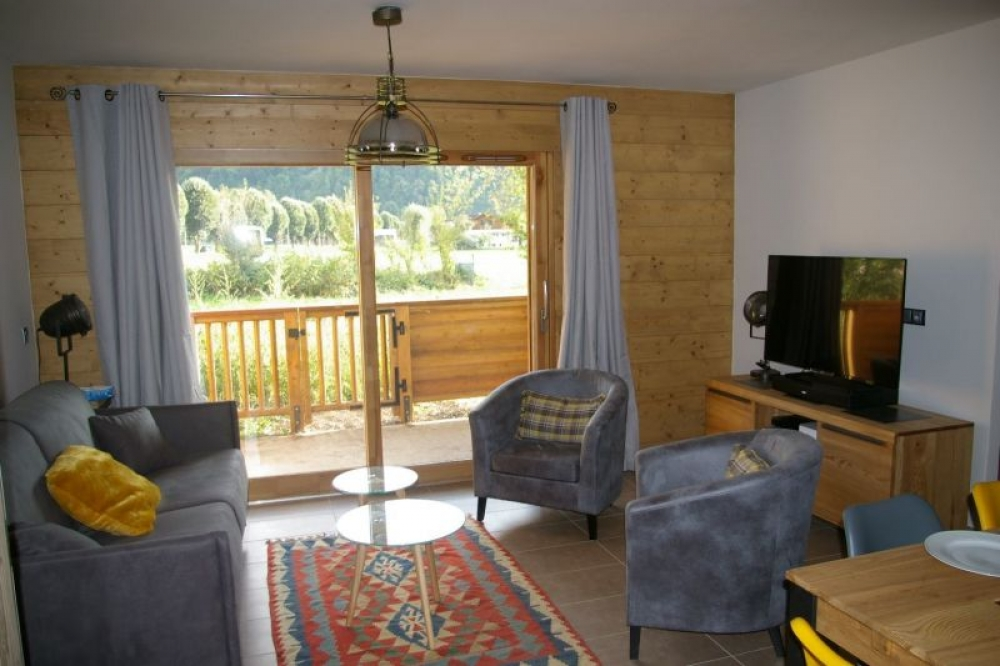 Beautifully Furnished and Spacious Apartment in Samoens, Haute-Savoie