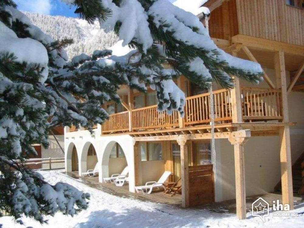 Comfortable and Spacious Mountain Apartment With Swimming Pool in Arvieux en Queyras