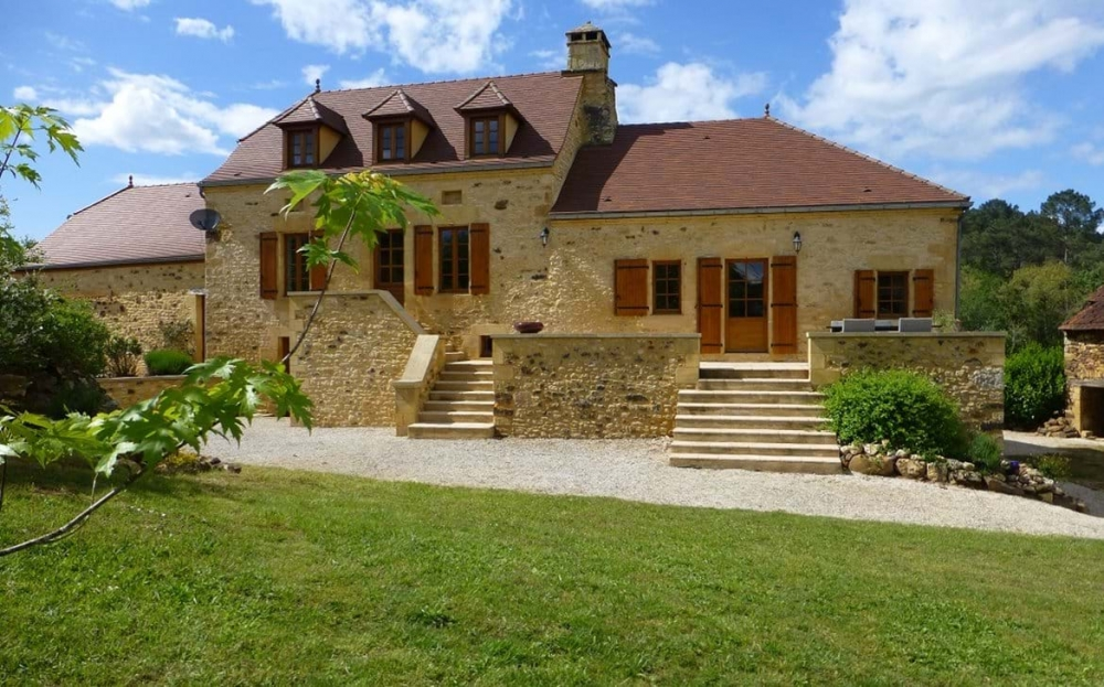 Le Chataignier - 5 bedroom Luxury Gite located close to Domme and Sarlat (10- 12 people)