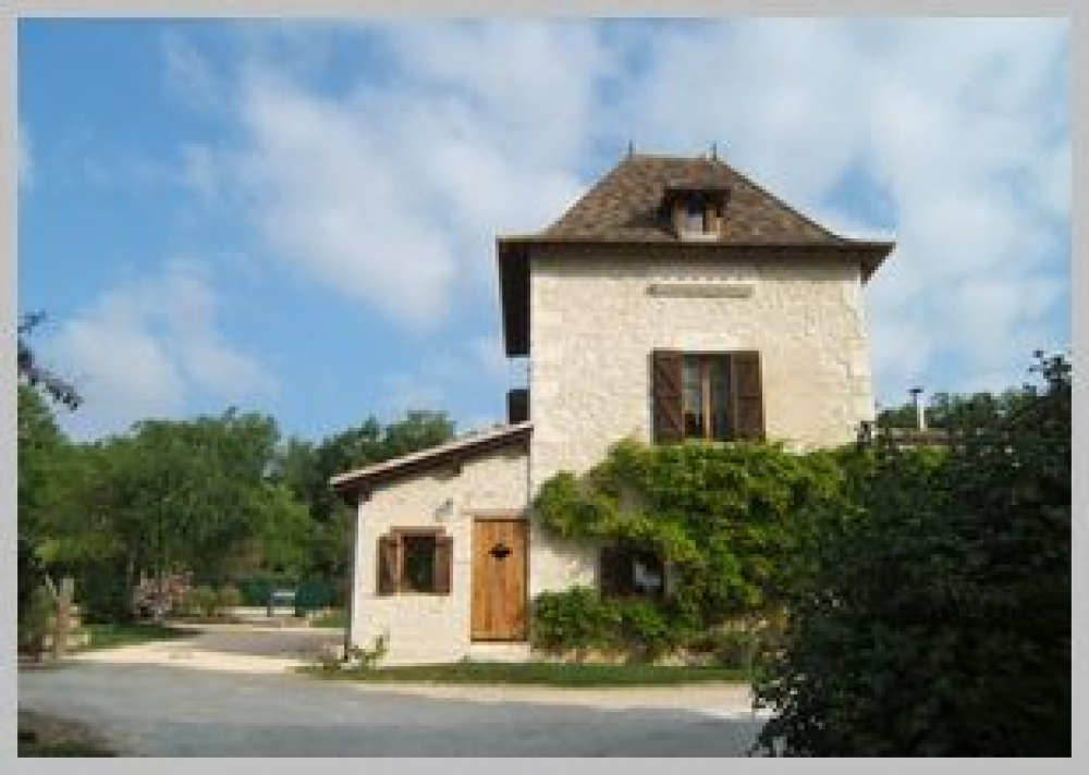Charming Farmhouse Cottage Located near Eymet, Dordogne - Le Pigeonnier