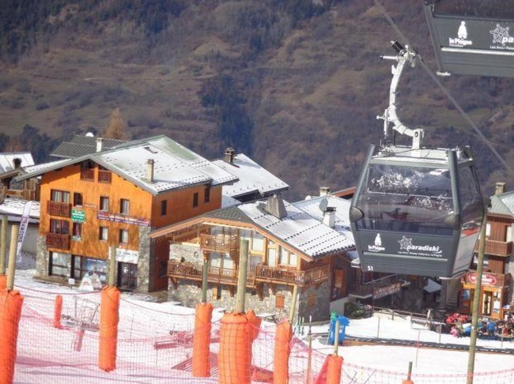 Wonderful Self-Catering Ski Duplux for 10 People in La Plagne, Savoie
