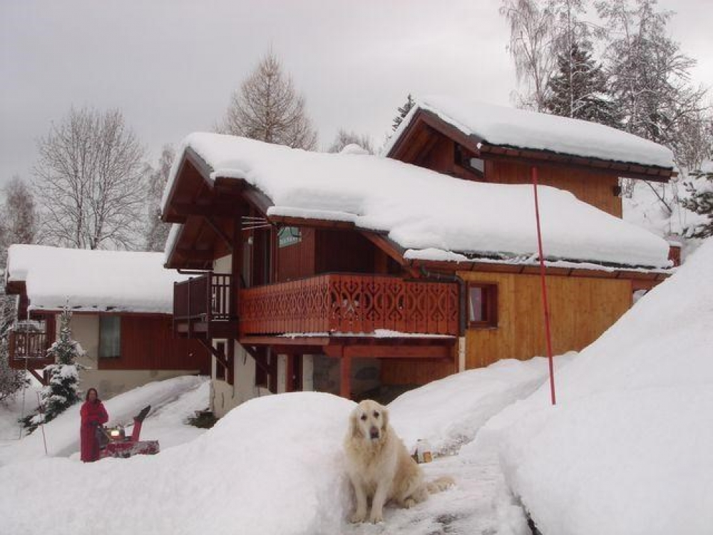 Beautiful 5 Bedroom Chalet Sleeping 12 Guests, La Plagne, Savoie