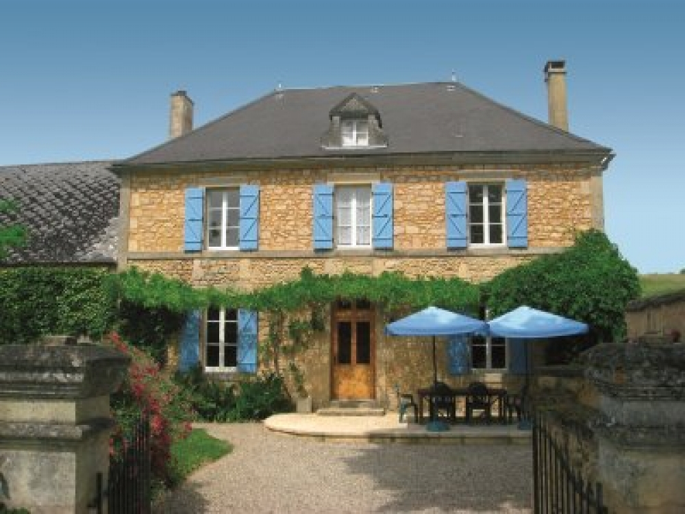 Le Manoir des Granges - Beautiful Perigordine House with Private Pool, bakery & restaurant 5min walk