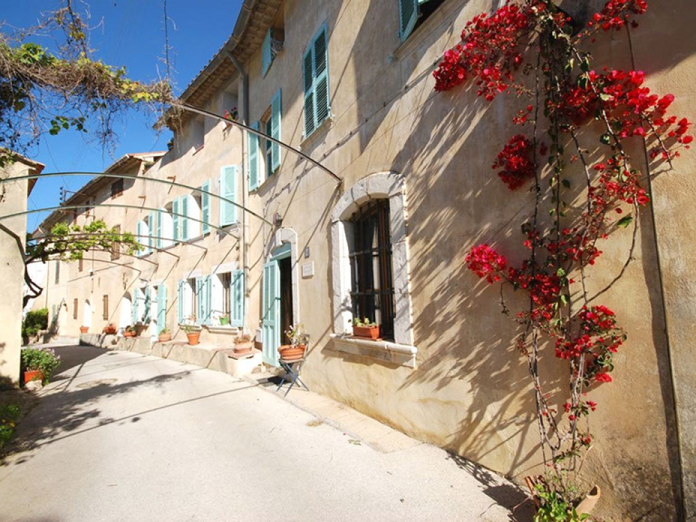 Charming and Beautiful Holiday Apartment near Sanary Sur Mer, Var, Provence
