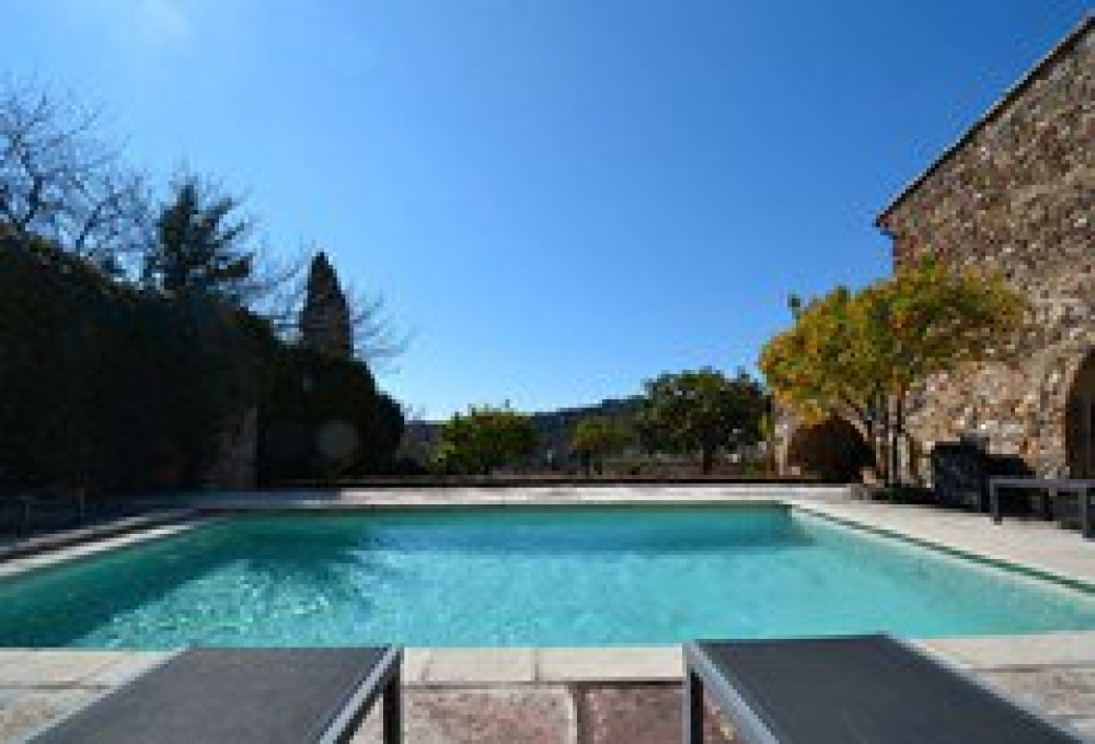 Beautiful Traditional 18th Century Stone Villa with Pool in the Heart of Biot Village, Provence
