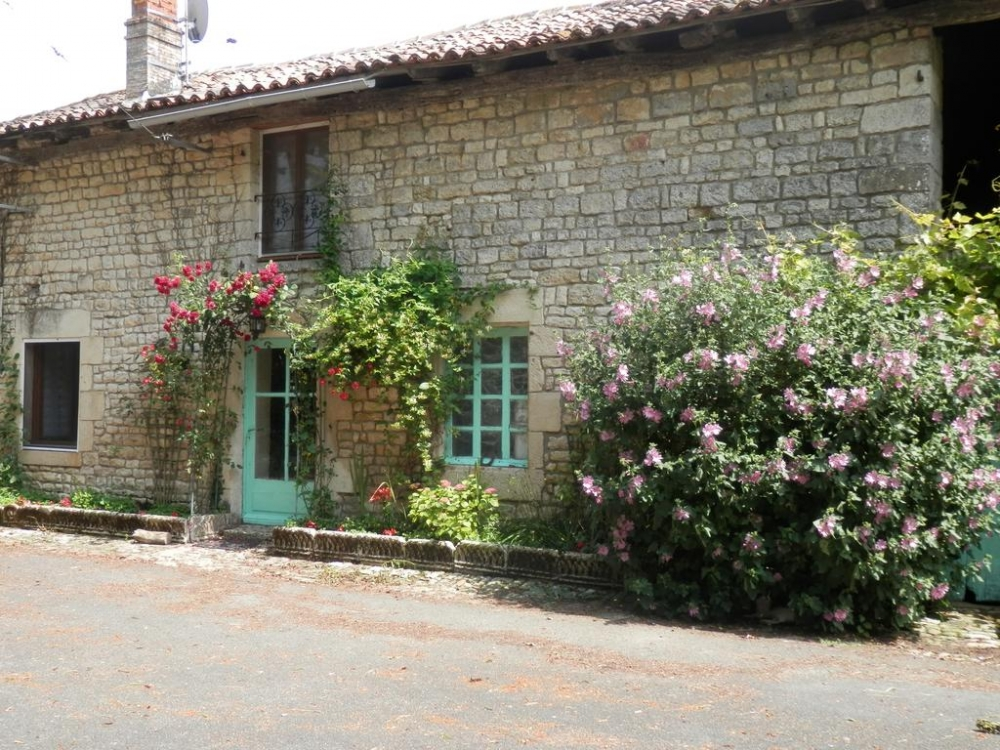 Le Marronier - Beautiful and Charming Holiday home with Pool, Ardilleux, Nouvelle-Aquitaine