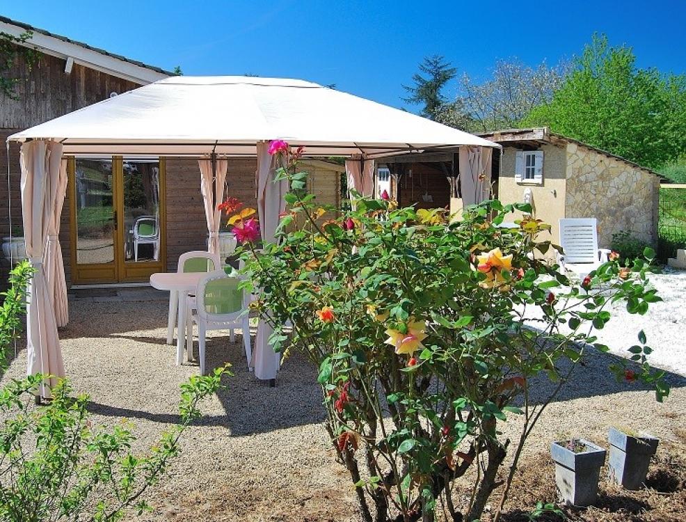 Domaine des Hirondelles - small, family holiday park. Gite - La Mesange