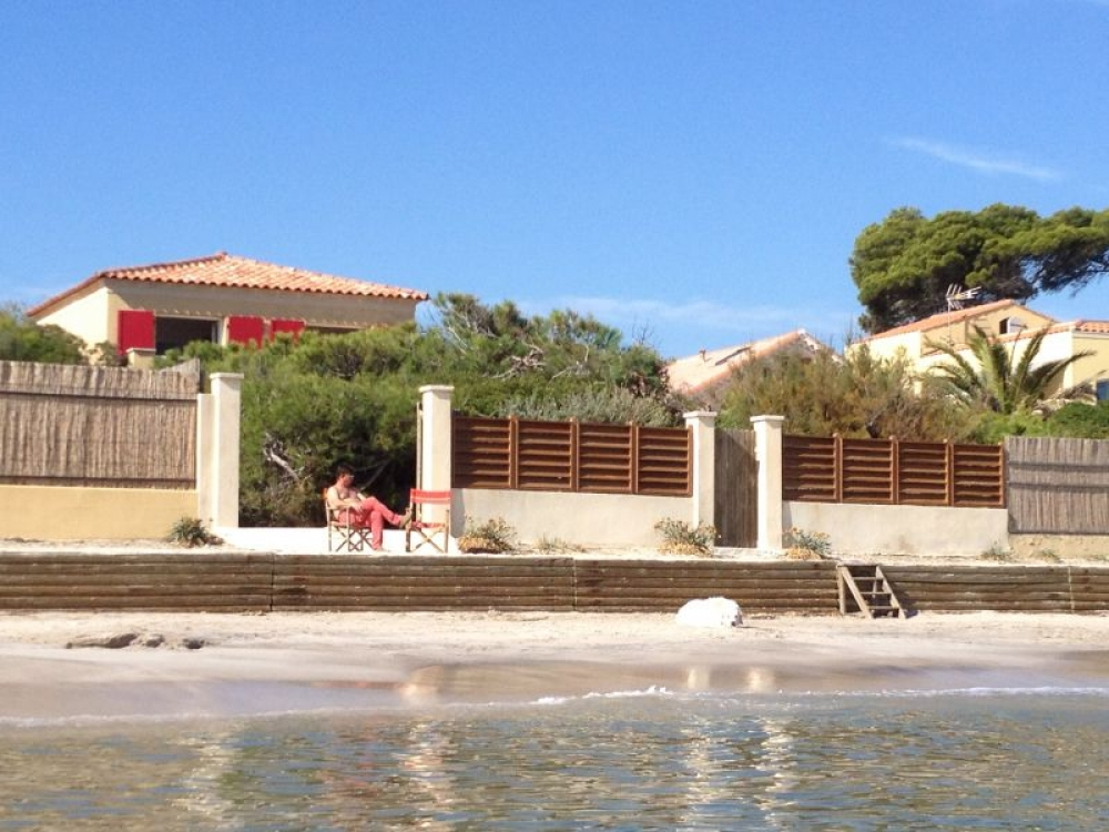 Villa Hyeres - Beautiful Beachfront House in Hyeres, Var, Provence Alpes Cote d'Azur