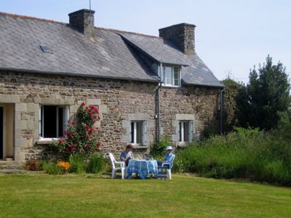 Charming Holiday Cottage Near Pontrieux, Côtes d'Armor, Brittany