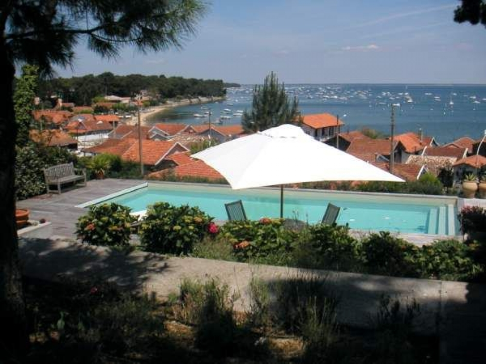 Stunning Villa With Private Pool in Cap Ferret Just 650m From The Beach