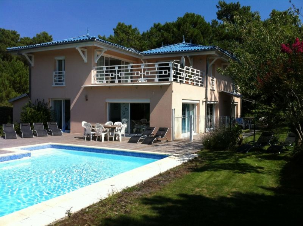 Luxury Villa With Pool, Spa and Jacuzzi in Cap Ferret, Gironde, Aquitaine